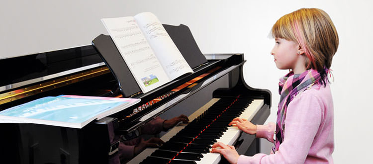 Clase-de-piano-YamahaMusicSchool-Malaga